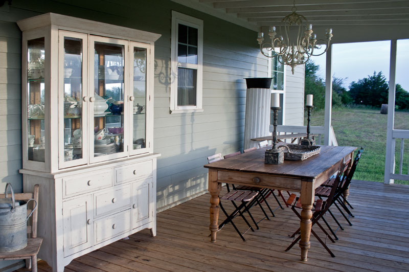 china-cabinet-on-porch