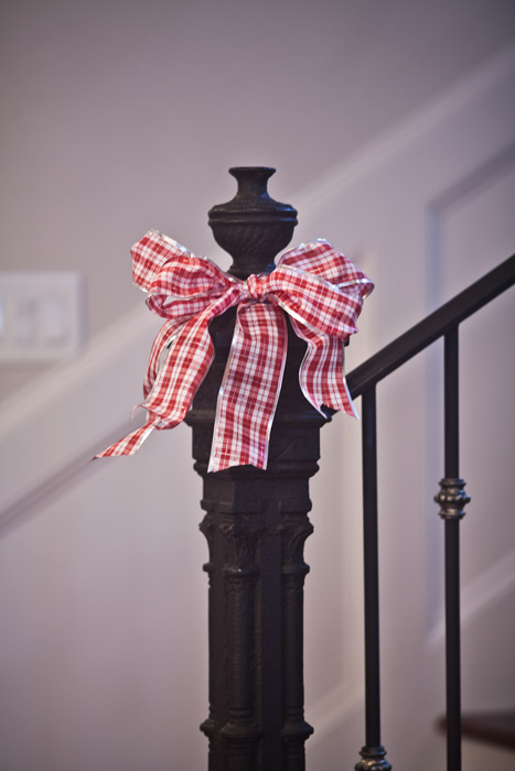 christmas-newel-post