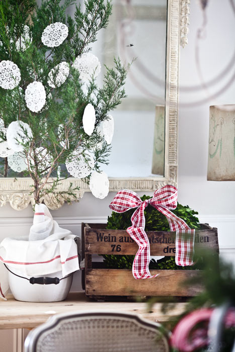 christmas-tree-and-wreath