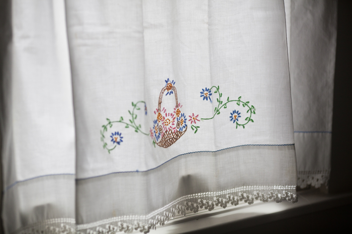 curtain angle