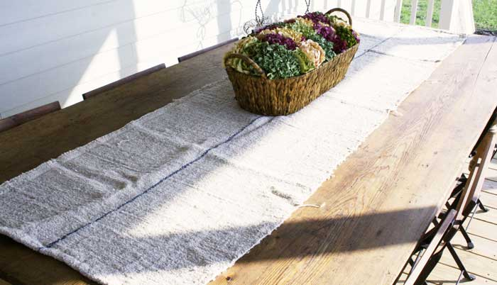 grain-sack-table-runner