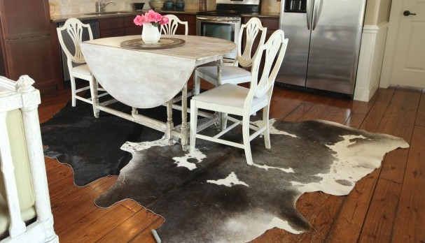 The skinny on decorating with cowhide rugs cedar hill for Cowhide decorating ideas