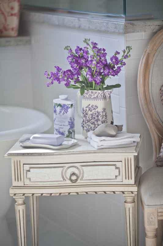bath-table