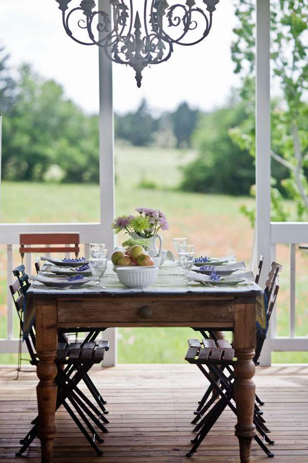 Outdoor Dining In Country French Style