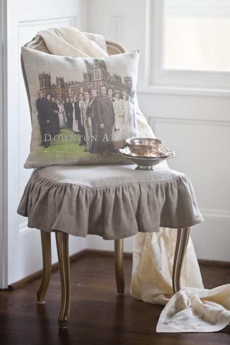 da cast pillow and lace