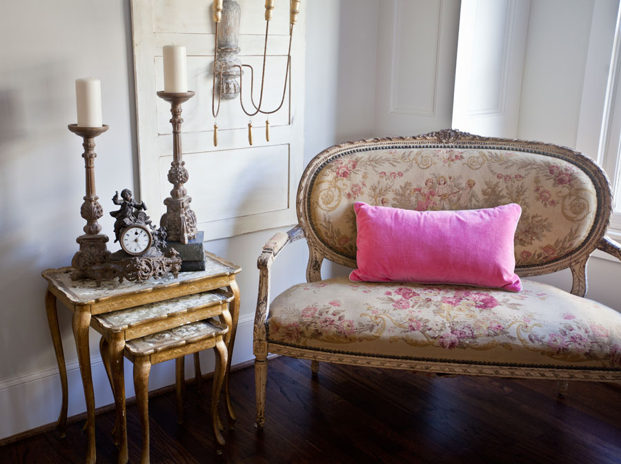 french-clock-and-settee
