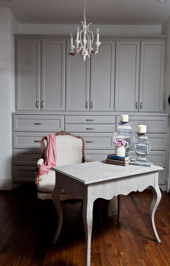 french-desk-in-dressing-room