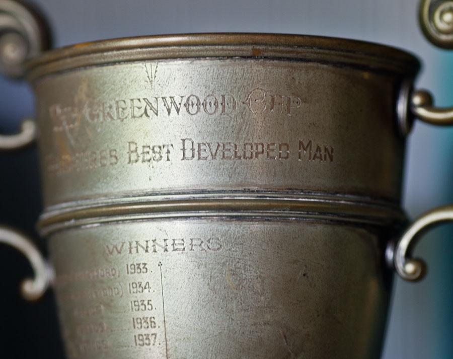 trophy-detail