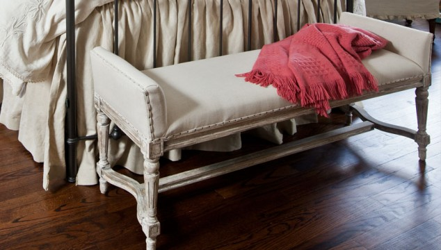 Very French bench for the bedroom
