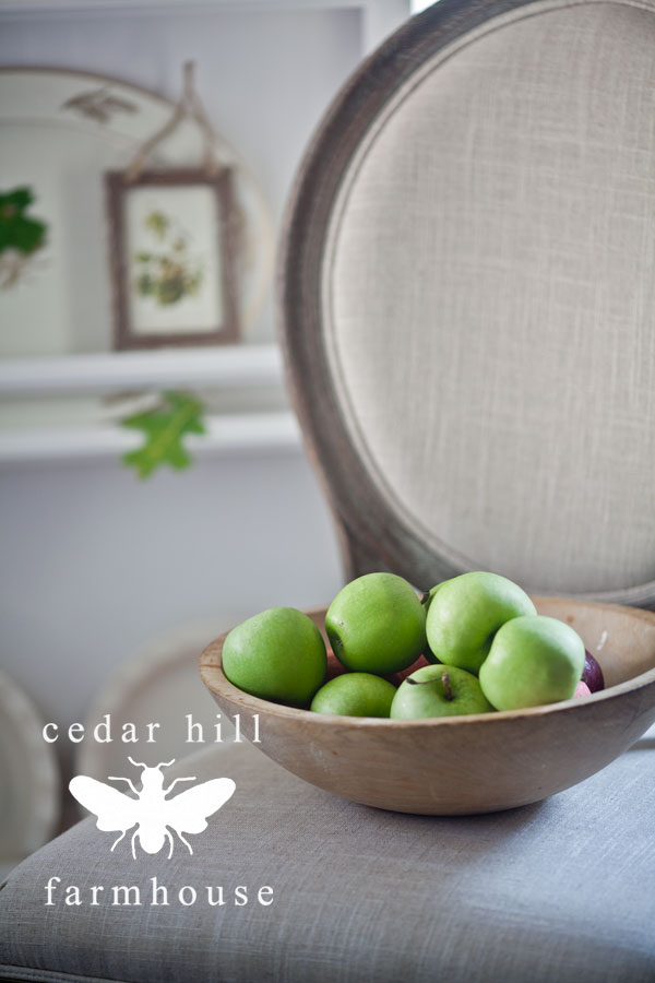 apples-french-chair