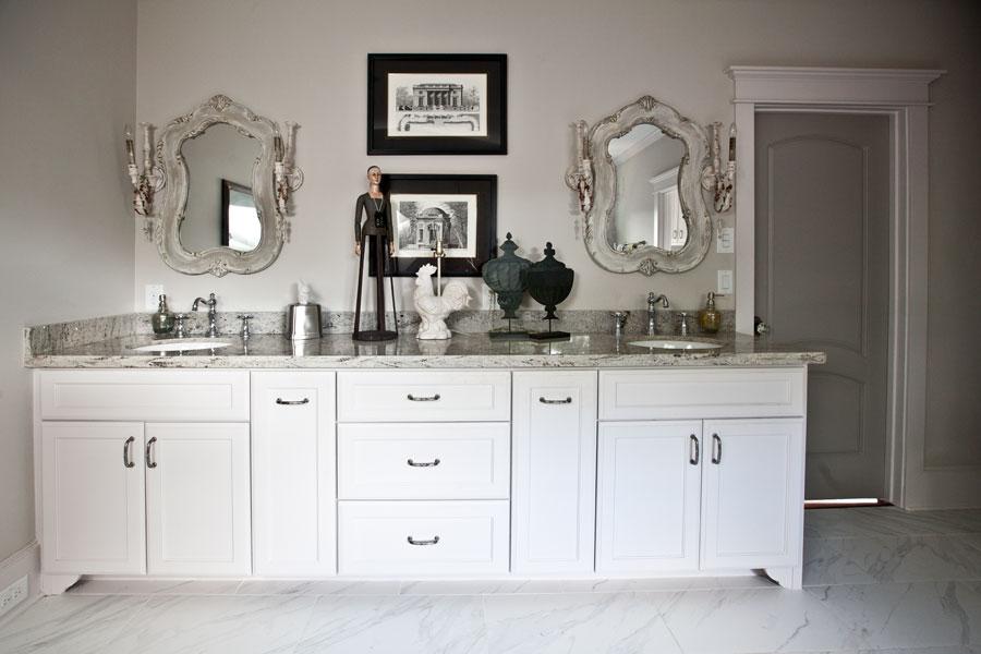 white-with-white-granite-bath