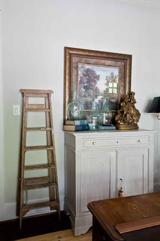 antique-ladder