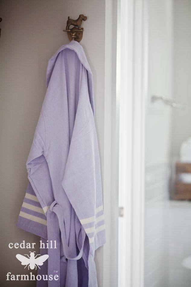 purple-rub-on-hook