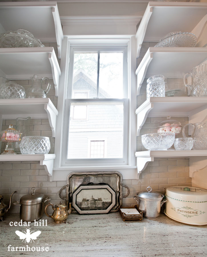 silver-tray-in-butlers-pantry