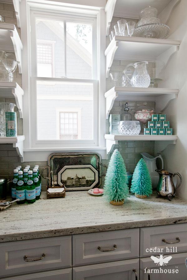 turquoise-christmas-bottle-brush-trees
