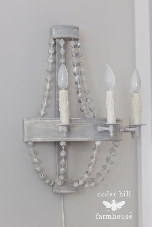 tole-metal-wall-sconce