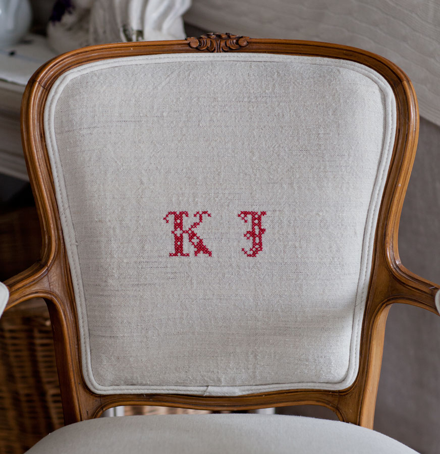 monogrammed-chair