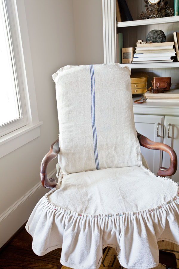 grain-sack-slipcover