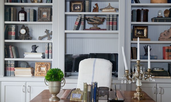 Why You Should Edit Your Bookcase or Not