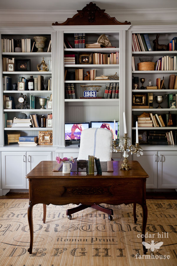 desk-with-slipcovered-chair
