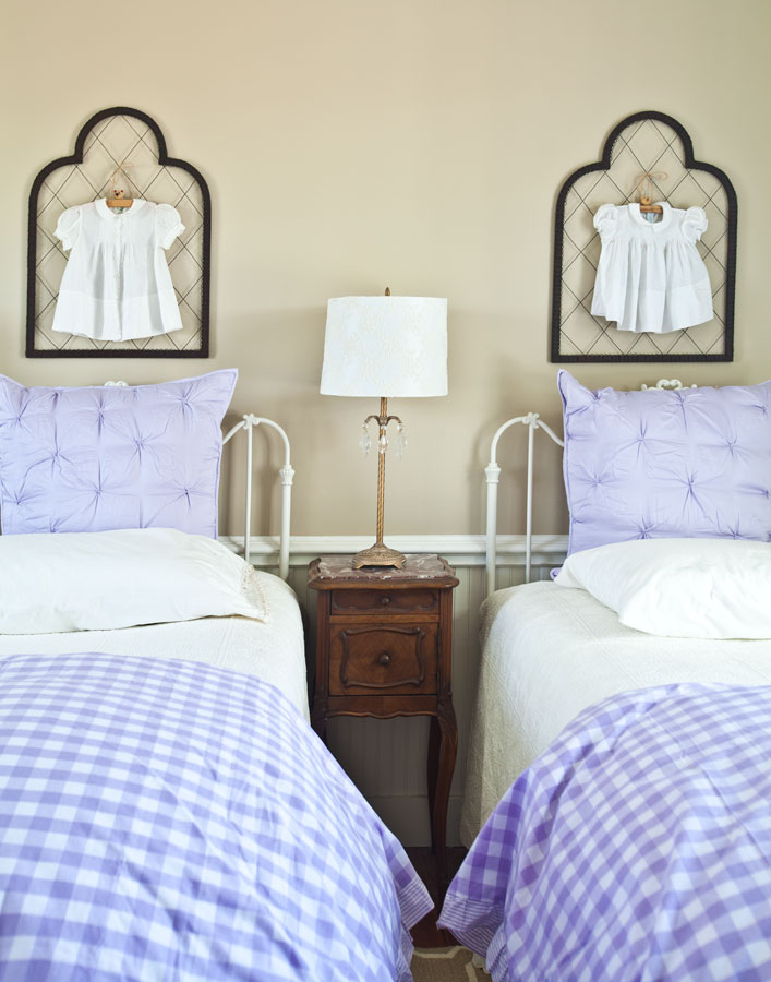 lavender-pillows-and-duvet