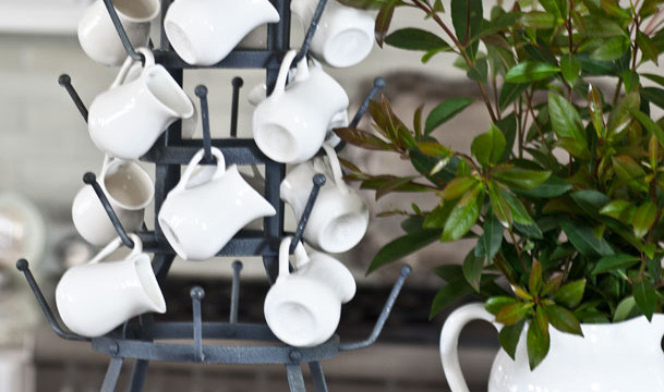 5 Ways to Use a Cup Rack