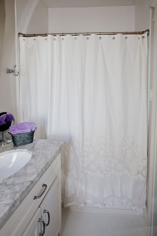 The New Curtains Are Full Of Frills And Flounces Its Not Something That Screams At You Just With A Quiet Elegance