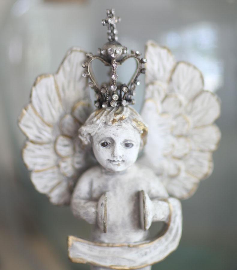 crown-on-angel