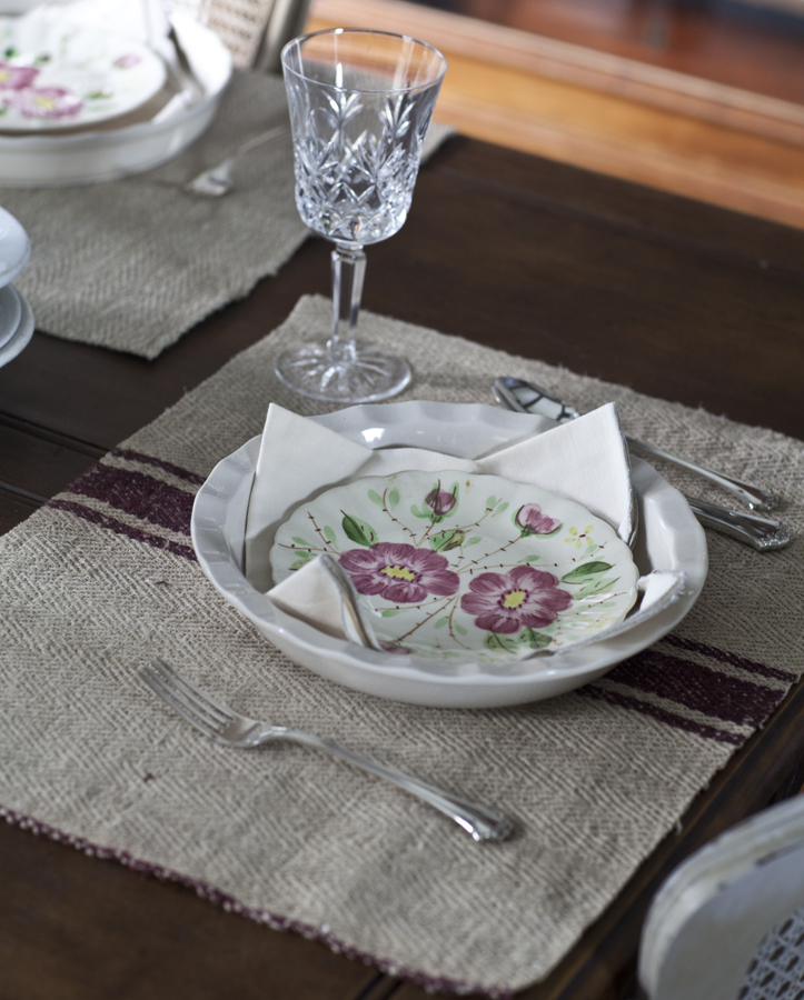 grain sack placemat with strpe