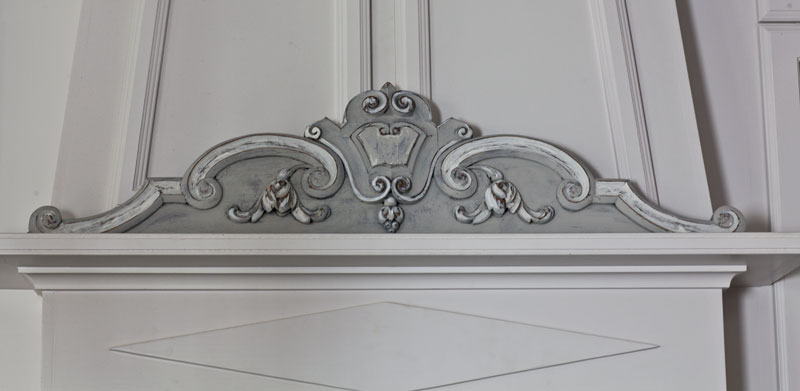 pediment-gray-and-white