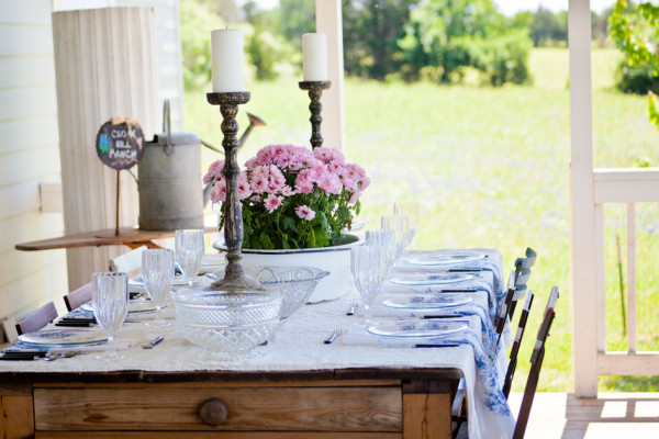 antique-pine-table-with-drop-cloth-tablecloth