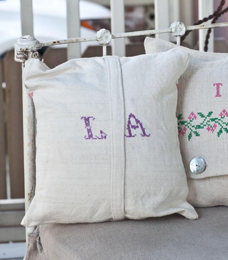 pillow LA
