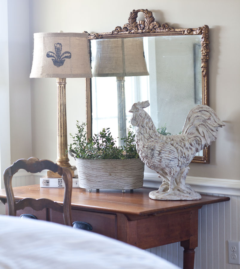 rooster-and-italian-lamp