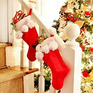 pom pom stocking Thistlewood (1)
