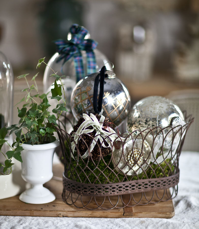 silver-ornaments-in-basket