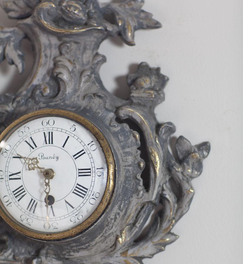 brass-clock-detail