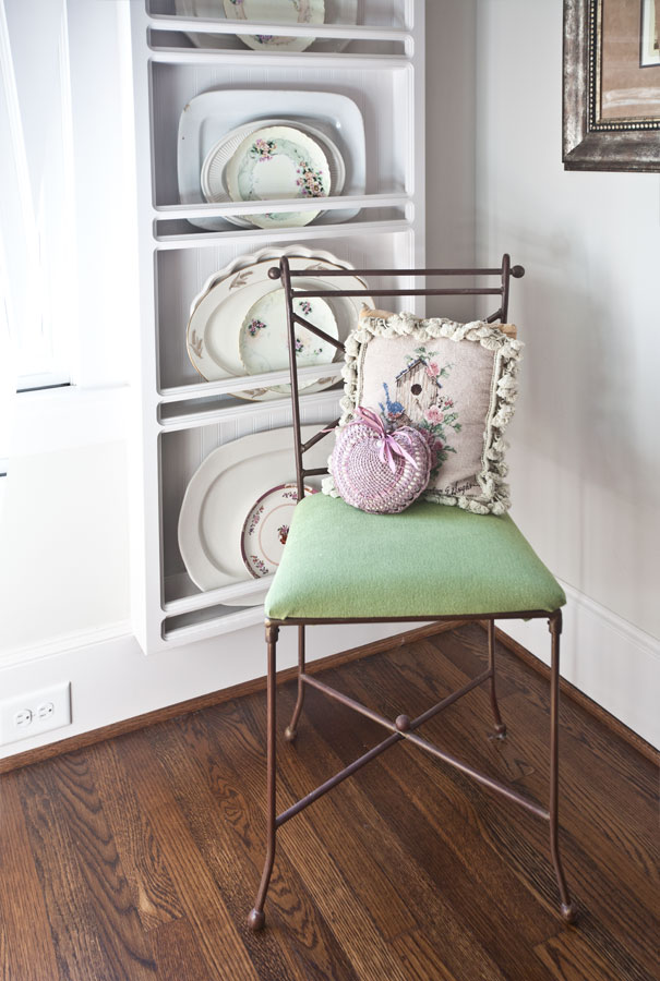finished-green-chair