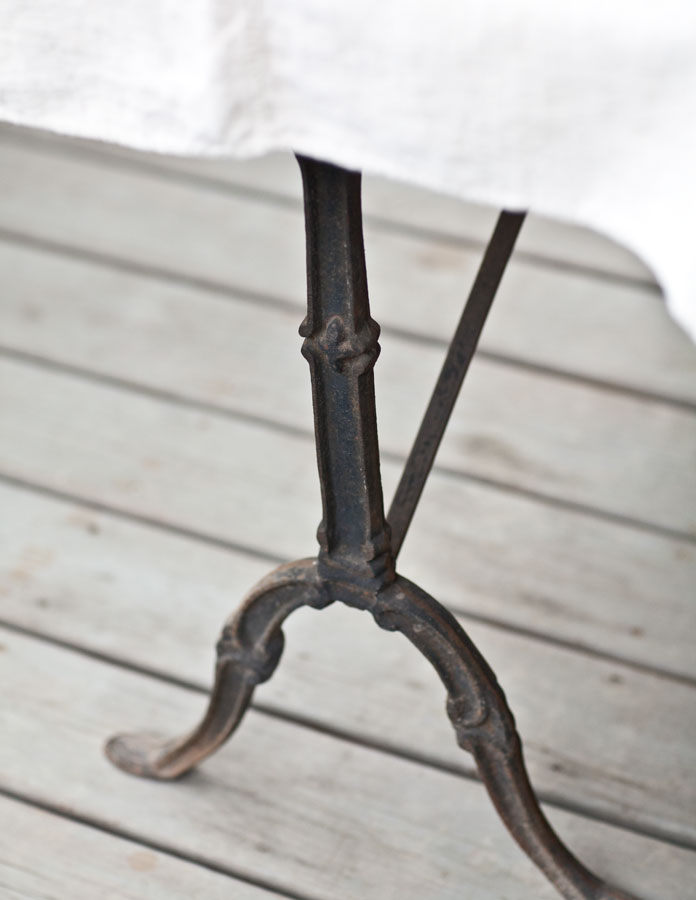 iron-table-leg