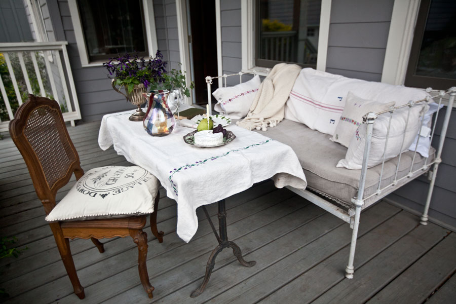porch-table