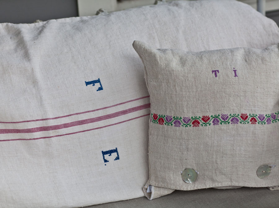 vintage-linen-pillows