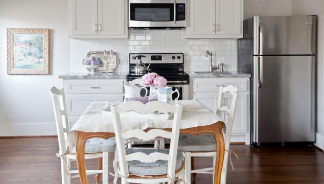little-kitchen