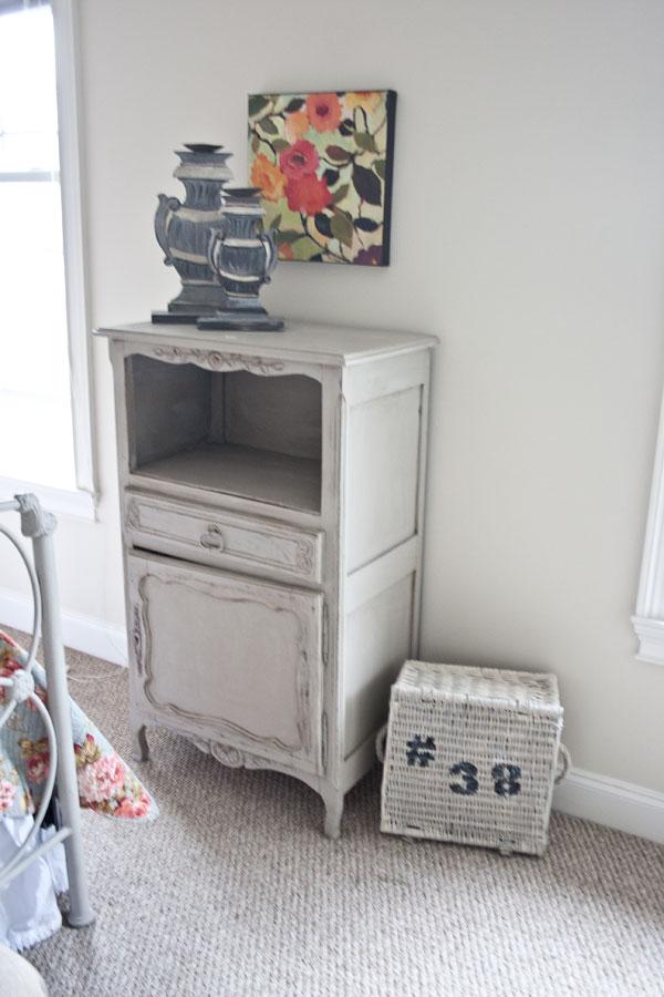 gray-cabinet