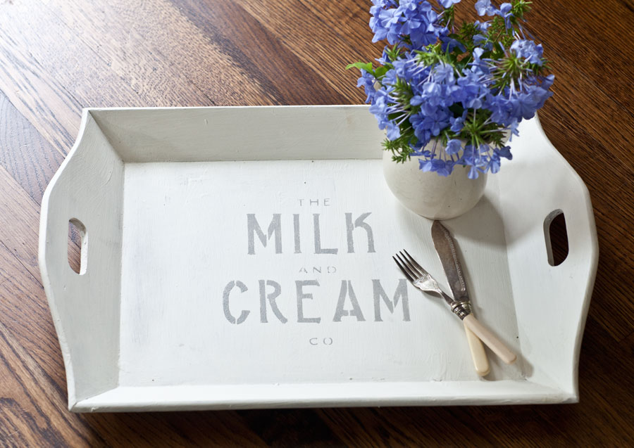 mil-and-cream-tray-with-flowers