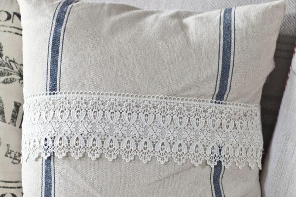 lace-front-pillow