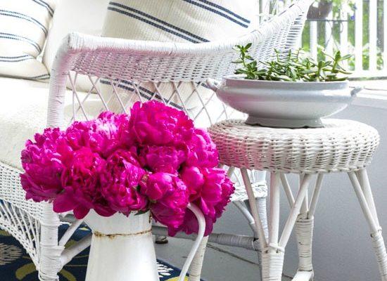 on-sutton-place-back-porch-enamelware