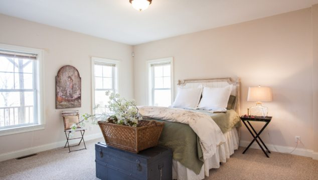 Mountain house guest room