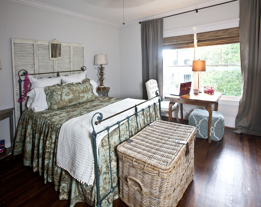 bedroom-toile