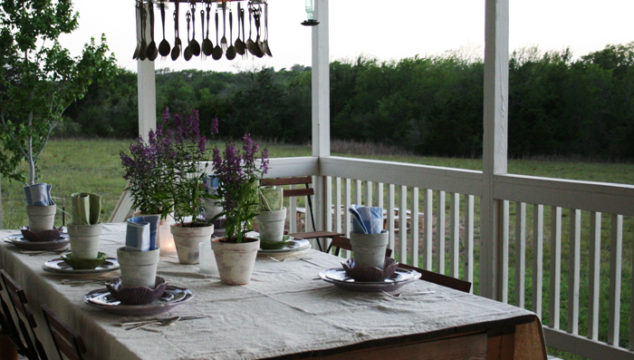 purple flower table