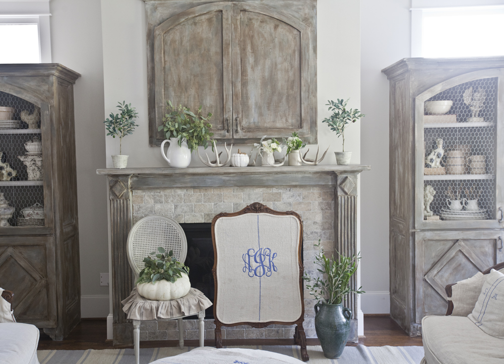fireplace-white-fall-cedar-hill-farmhouse