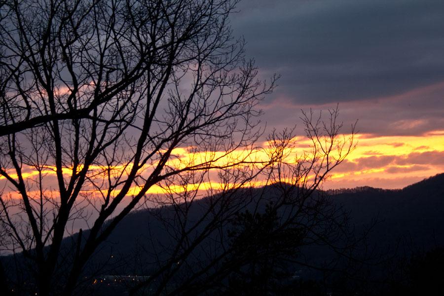 sunset-mountains